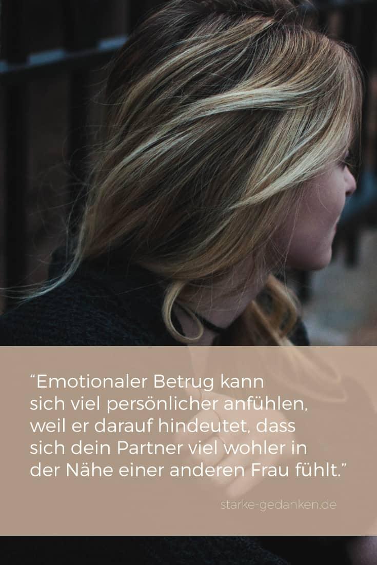 Emotionaler Betrug kann sich jedoch viel persönlicher anfühlen, weil er darauf hindeutet, dass sich dein Partner viel wohler in der Nähe einer anderen Frau fühlt.