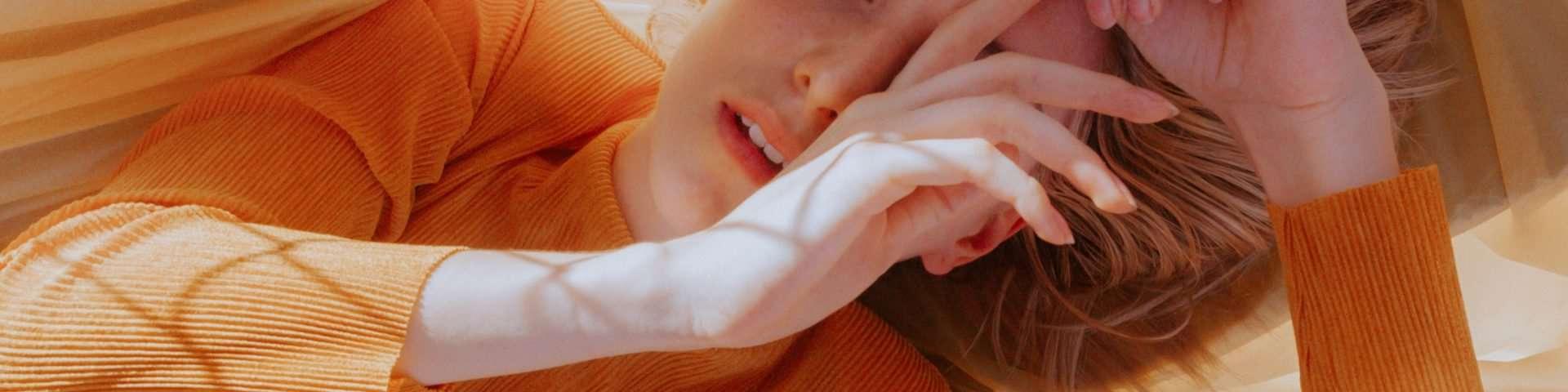 11 Dinge, die du tust, wenn du verletzt bist, aber versuchst, dies zu verbergen