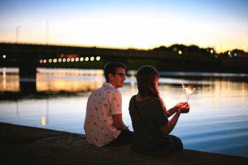 19 Dinge, die ein Mann unbewusst tut, wenn er in dich verliebt ist