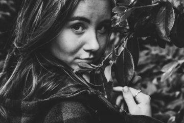 16 Zeichen, dass du nicht wirklich ein Introvertierter, sondern ein hochsensibler Extrovertierter bist