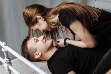 15 kleine Möglichkeiten, deinen Partner anzumachen, ohne nackt zu sein