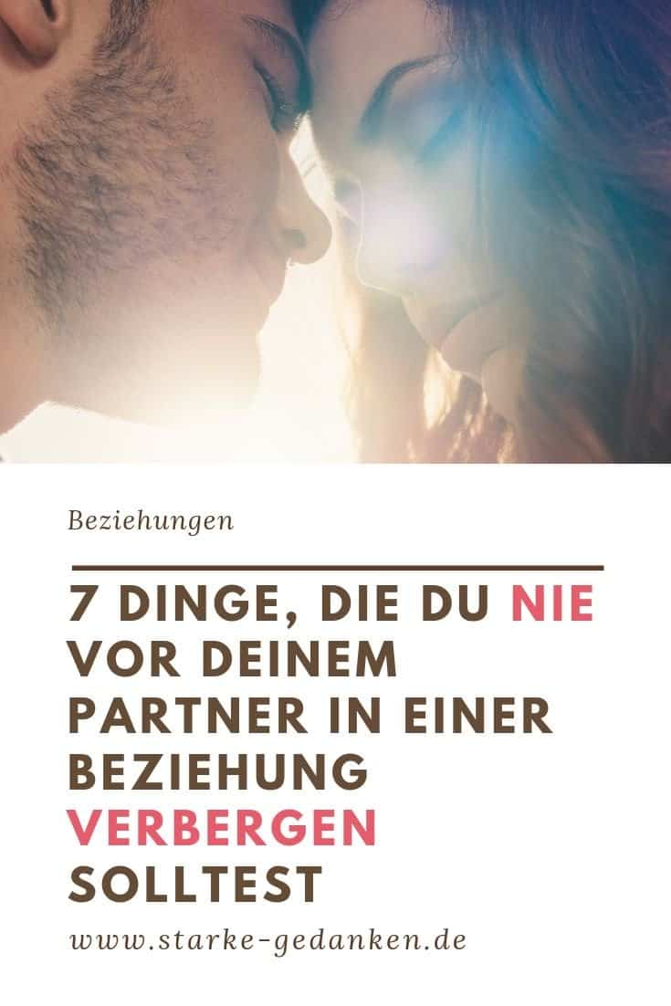 7 Dinge, die du nie vor deinem Partner in einer Beziehung verbergen solltest