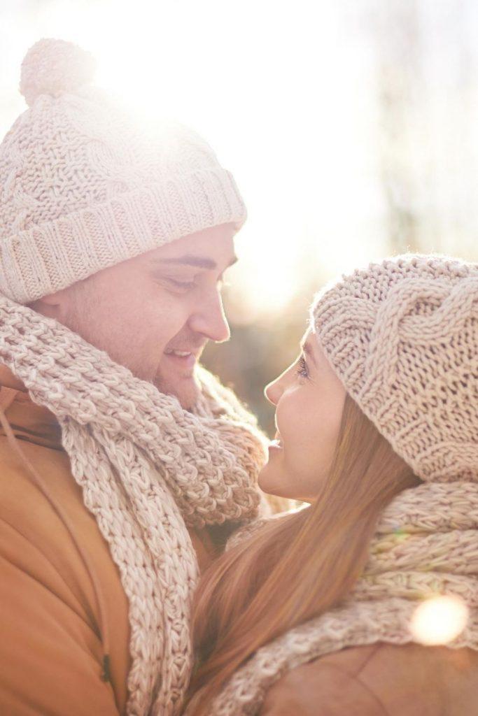 12 Dinge, die zeigen, dass er dich liebt - Taten zählen