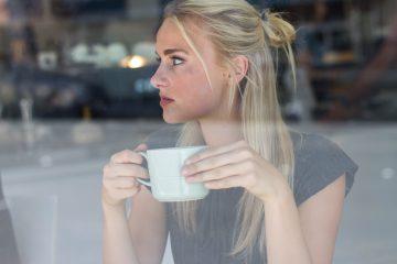 13 Dinge, die Frauen, die zu oft verletzt wurden tun, ohne es zu merken