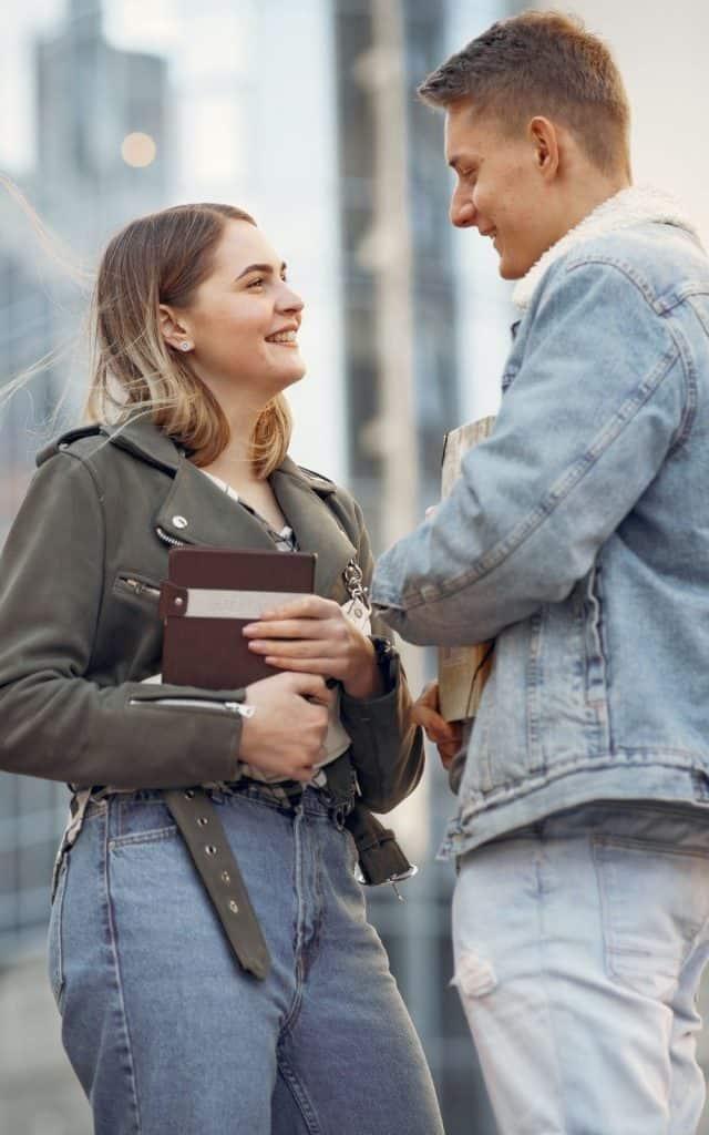 Heimlich verliebt: Diese 22 Anzeichen zeigen, dass ein