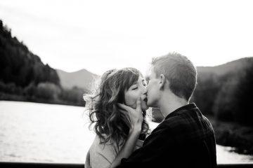 Wie küssen verliebte Männer