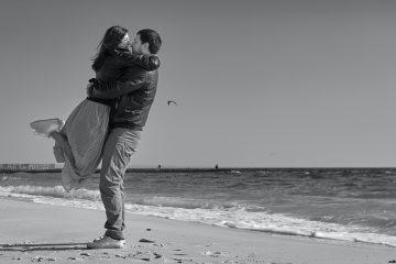 8 fast magische Dinge, die passieren, wenn du dich in der richtigen Beziehung befindest