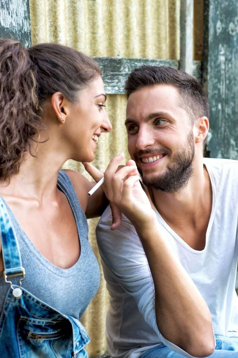 7 geheime Gesetze der Liebe und Anziehung, die extrem
